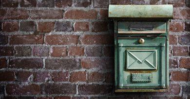 Adresy e-mail do kontaktu z nauczycielami